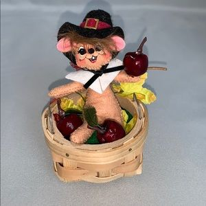 Annalee Apple Picking Mouse 🐀🍎